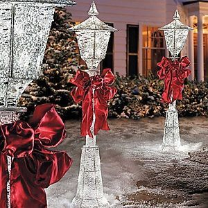 Outdoor Christmas Lamp Posts.Lighted Led Lamp Posts Unique Outdoor Christmas Decor Yard