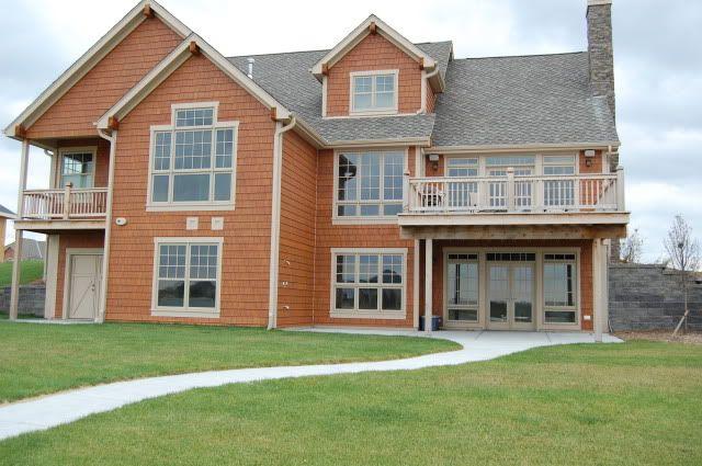 Trim color with cedar siding 1st street house pinterest cedar siding exterior colors and for Exterior cedar siding stain colors