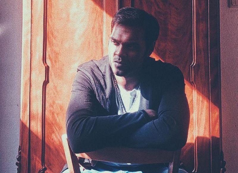 நடிகர் சண்முக பாண்டியனை 'ஃபேஸ் டைம் போட்டோ ஷூட்' எடுத்த ராக்கி பார்த்திபன்..!