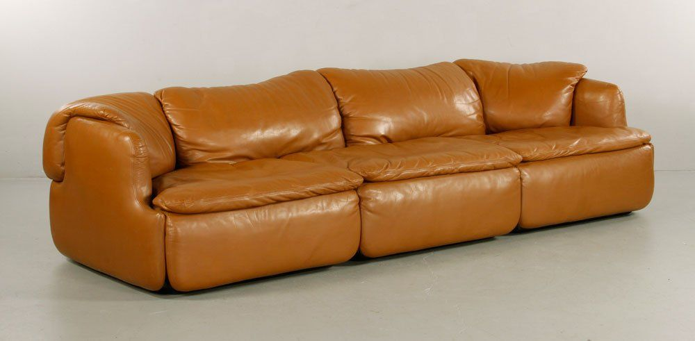 rosselli for saporiti italia sofa (passed lot, starting bid $2,000) circa 1970's, leather.