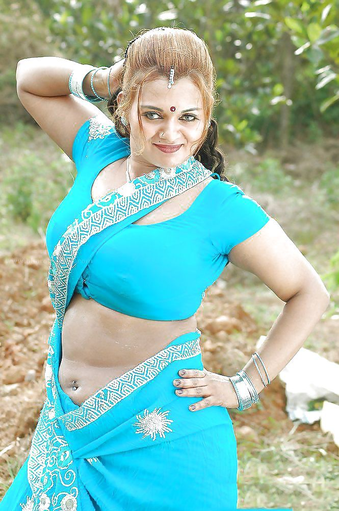 Indian milf lounge picture gallery