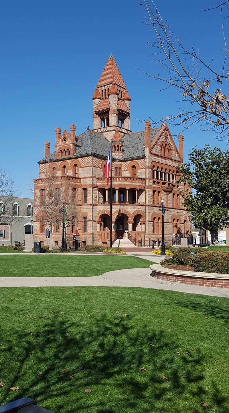 court house in sulphur springs the square is so relaxing and they rh pinterest com