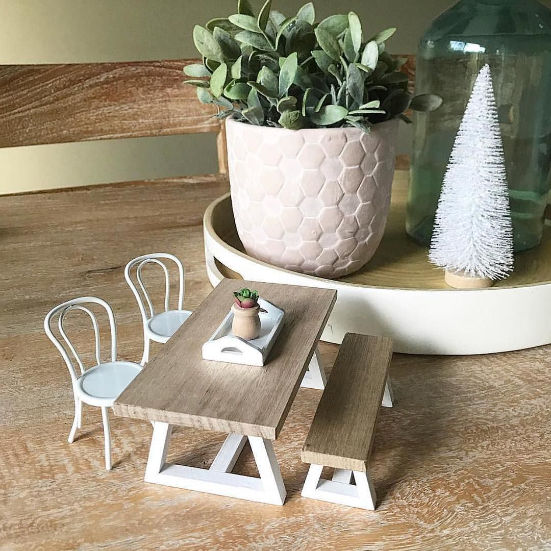 Mini table and chairs Miniature Dollhouse Furniture