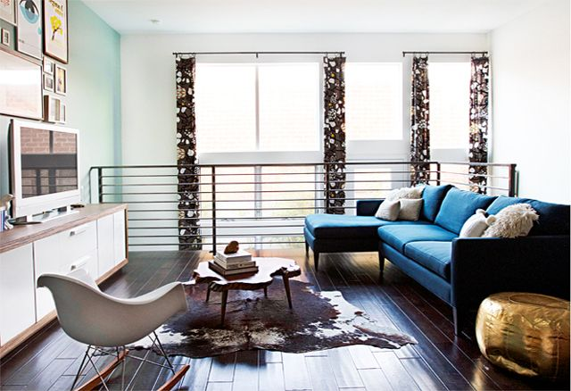 The Girl Behind the Blue Couch: Smitten Studios   Living room blue ...