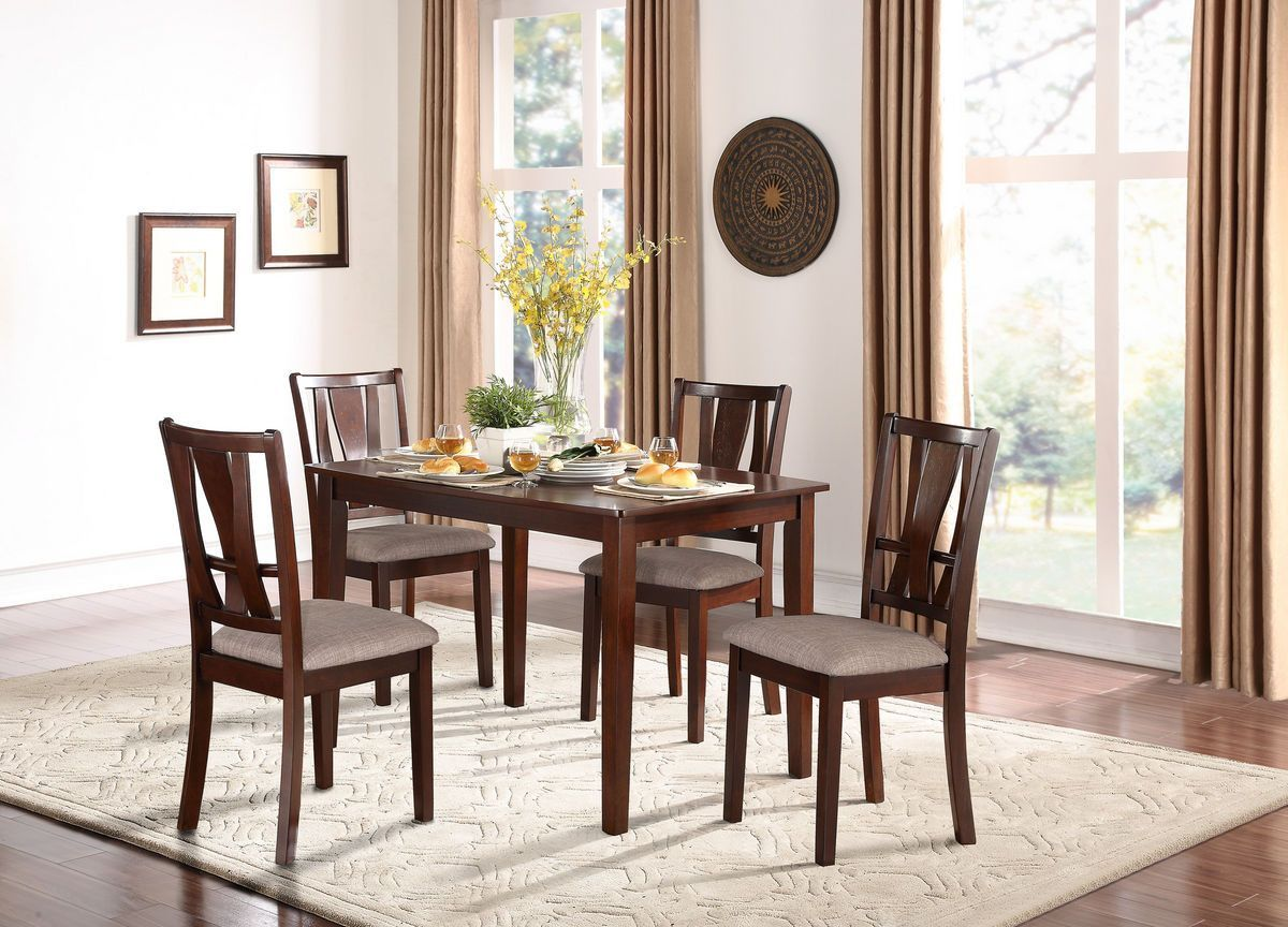 Dining Table With 4 Chairs Rushville Collection