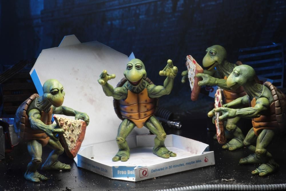 Baby NECA Teenage Mutant Ninja Turtles - 1//4 Scale Action Figures 1990 Movie