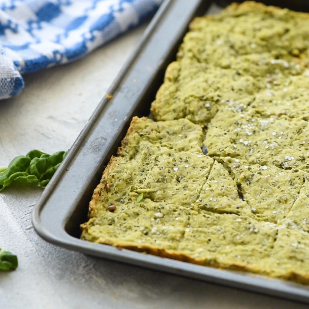 Homemade Kale Crackers Low Carb Crackers Recipe Video Recipe Video Food Processor Recipes Cracker Recipes Recipes