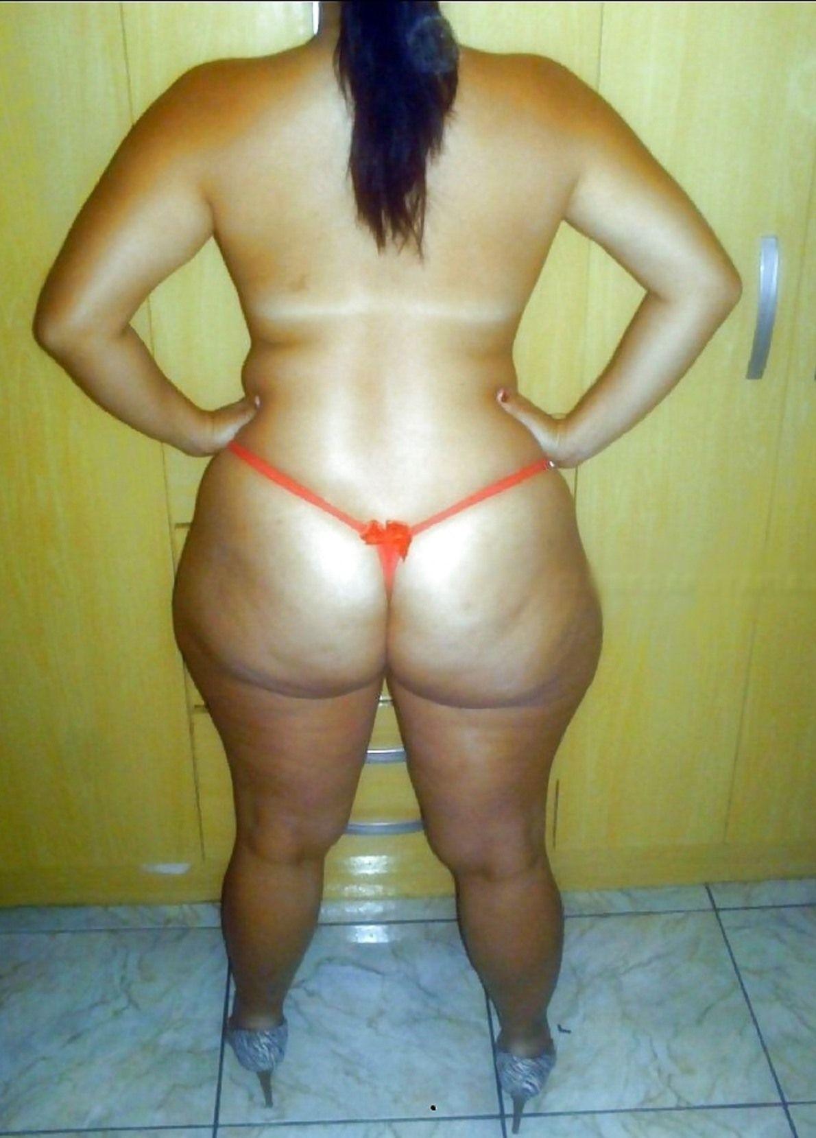 Hollywood actress piss nude