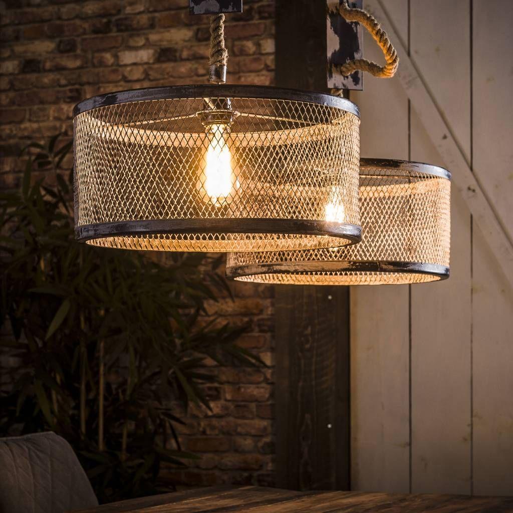De Hanglamp Detroit 2 Lichts Met Touw Van Belaluz Is Een Landelijk Industriele Hanglamp Die Prachtig Staat Bove Industriele Hanglampen Hanglamp Rustieke Lampen