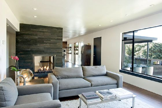 Modern bachelor pad for a simple and flexible lifestyle Salt