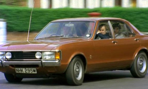 My Favourite Tv Car From My Favourite Tv Series Of All Time Tv Cars Ford Granada Cars Movie
