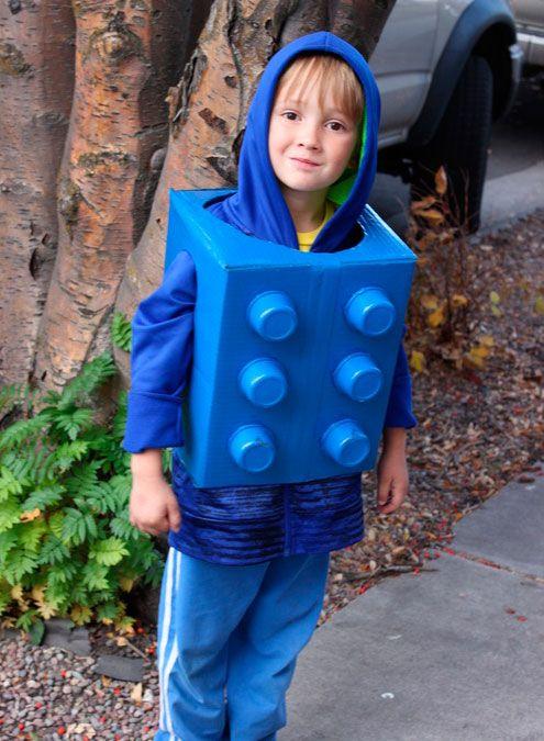 8460deb3 Lego piece costume, DIY costumes, disfraces - Carnival and halloween -  Disfraz DIY de pieza de lego