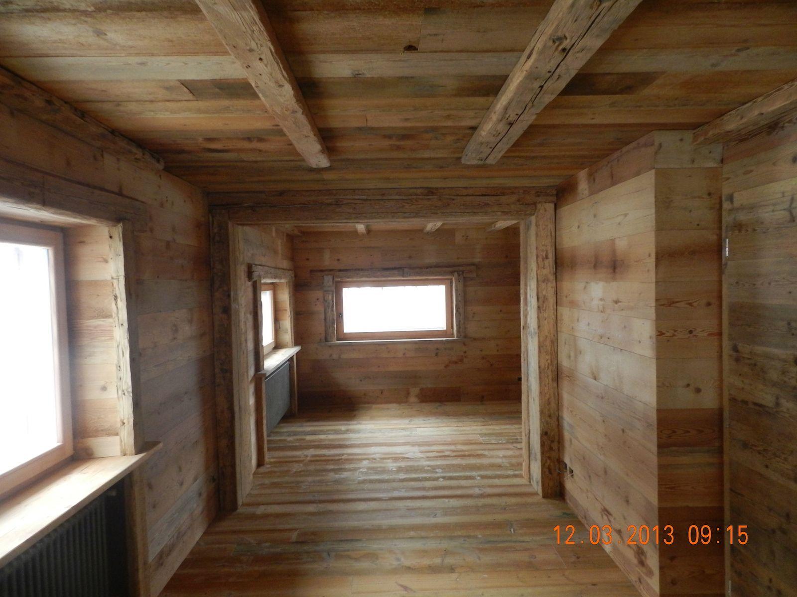 Rivestimento casa privata Val di Fiemme #rowerpavimenti  Rivestimenti in legno nel 2019