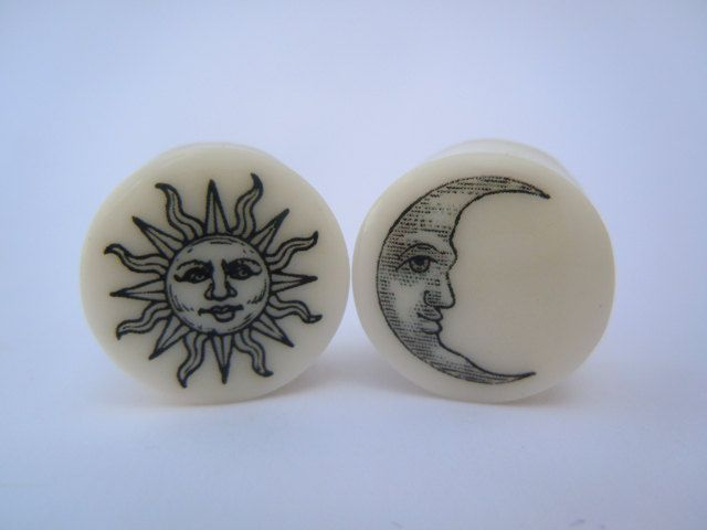 Organic Plugs / Gauges Sun & Moon 4g /5mm2g by TheGaugeQueen, $24.00