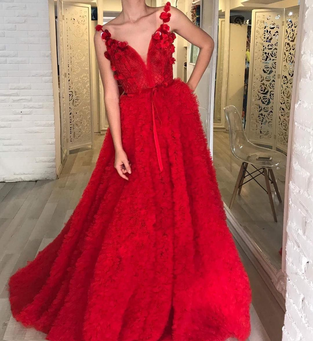 محلات فساتين سهرة في جدة من الرابط Fancy Dresses Dresses Gowns