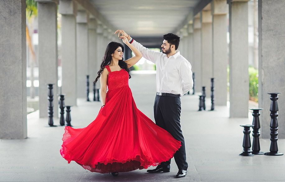 Meenal And Akul Pre Wedding Photoshoot Outfit Creative Couples
