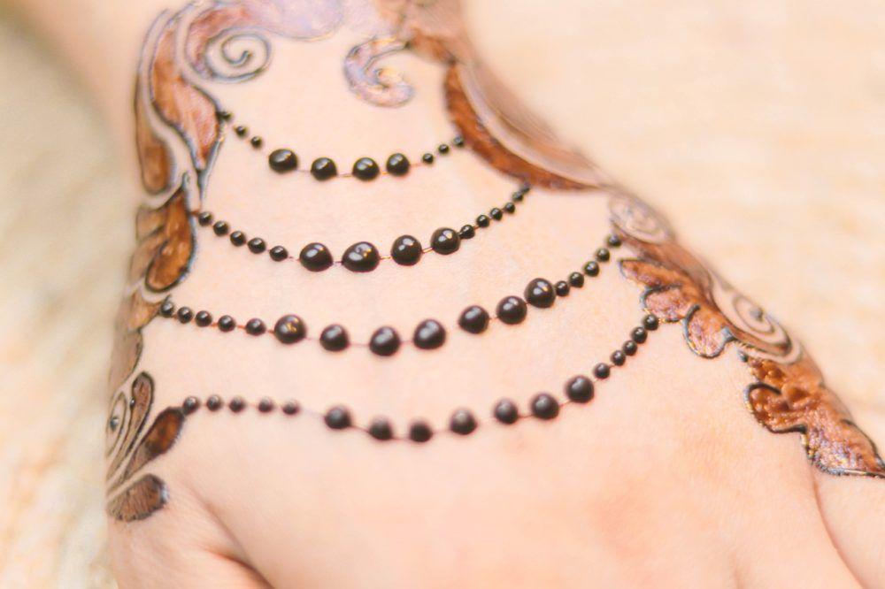 Incredible! #jewellery #henna #art #girl