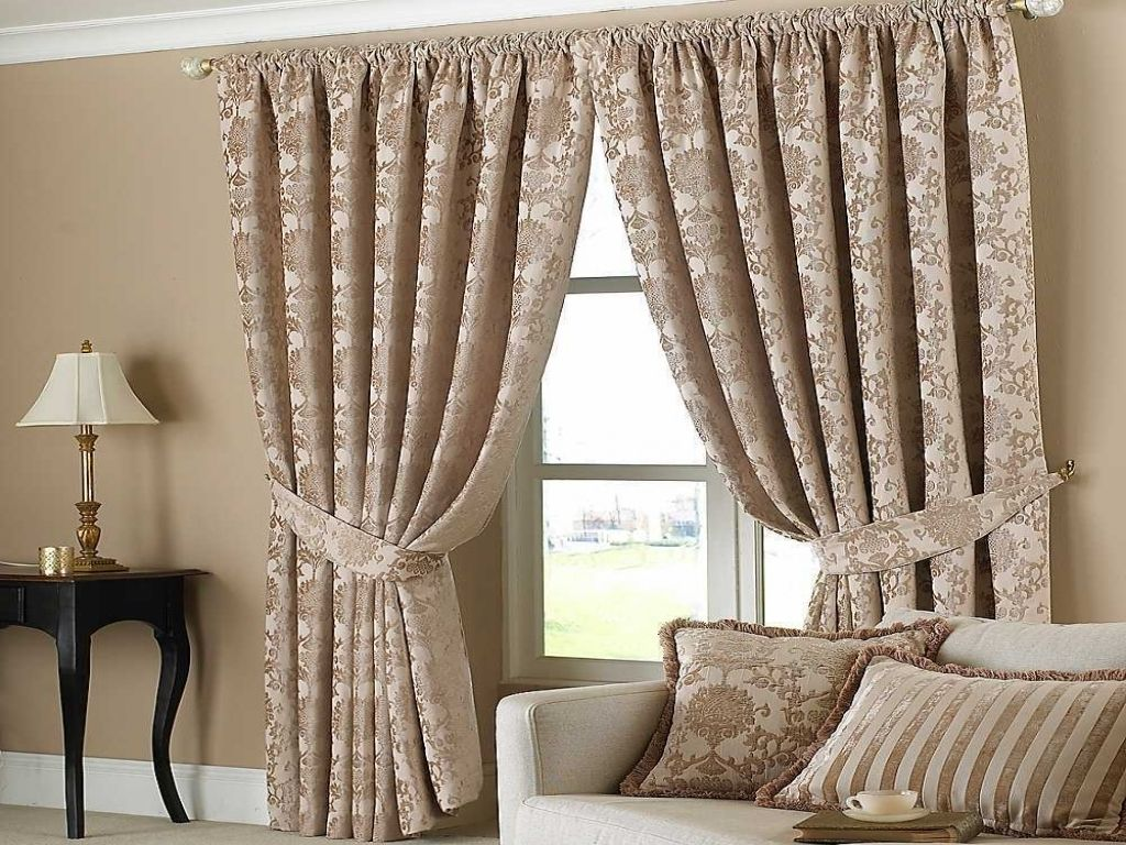 Living Room Curtain Design Prepossessing Simple Curtain Ideas For Living Room  Httpintrinsiclifedesign Review
