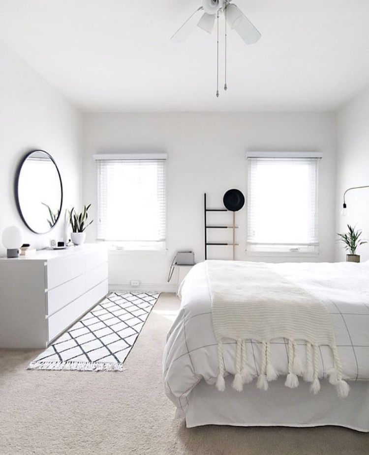 Insta And Pinterest Amymckeown5 Remodel Bedroom Minimalist Bedroom Decor Minimalist Room
