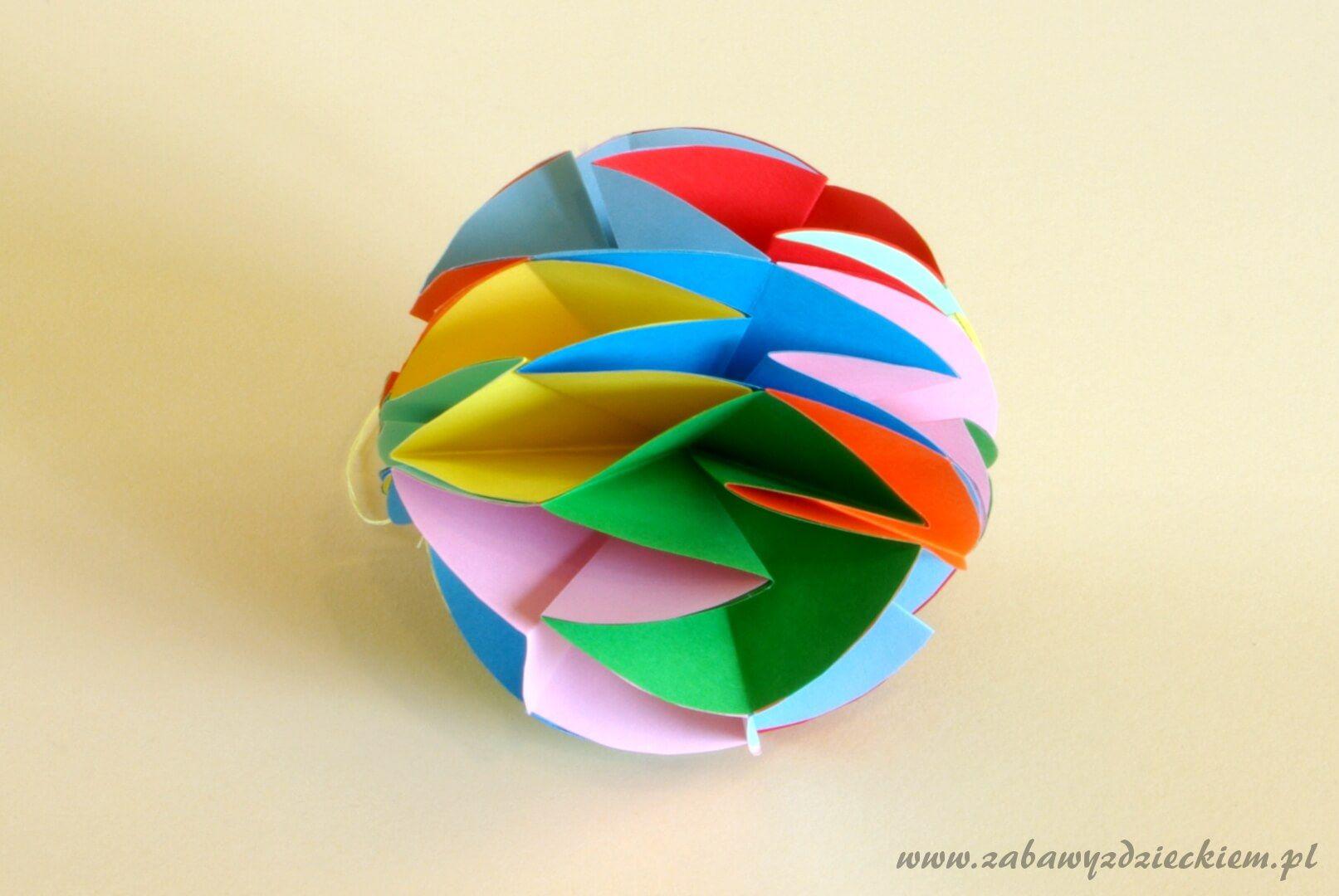 Bombka Z Papierowych Kolek 2 Origami Decor Wind Sock