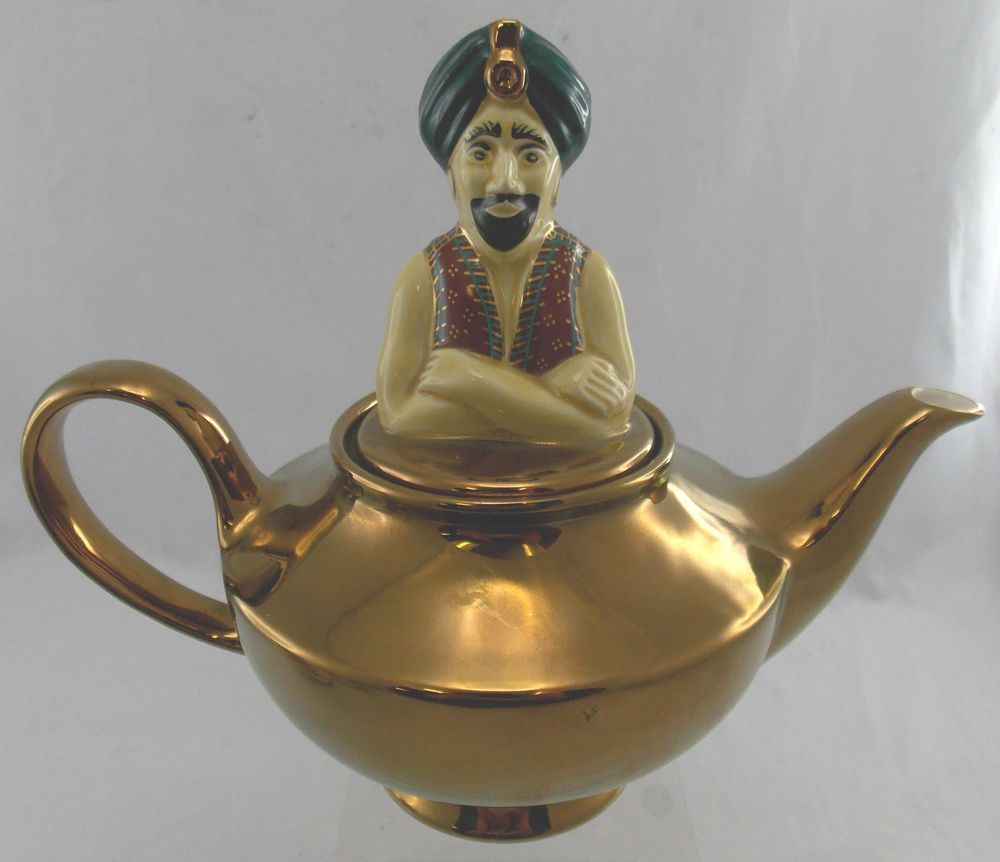 Quirky Vintage WADE  The Genie Teapot  Gold Coloured Porcelain Teapot - PH T06