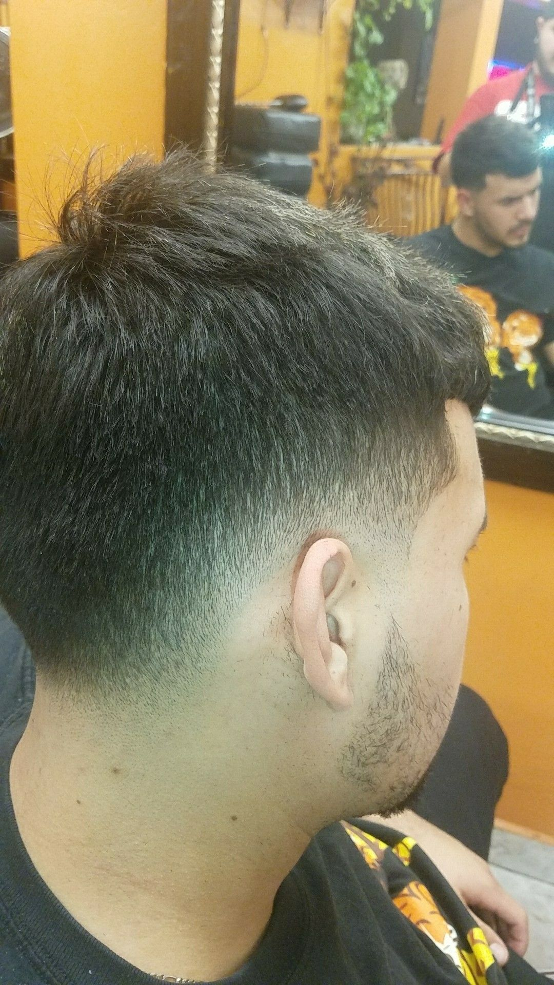 Men s Low Fade Haorcut Barber haircuts Pinterest