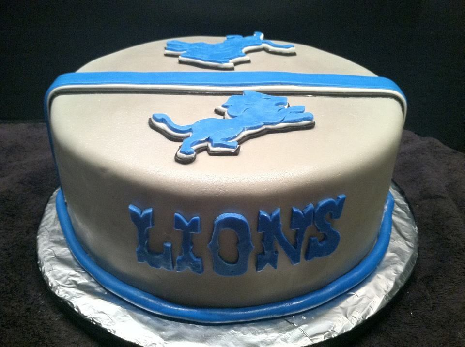 Detroit Lions cake I made for a football party DETROIT LIONS
