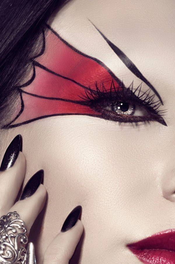 Original Halloween Witch Make Up Ideas Eye Make Up Red Black