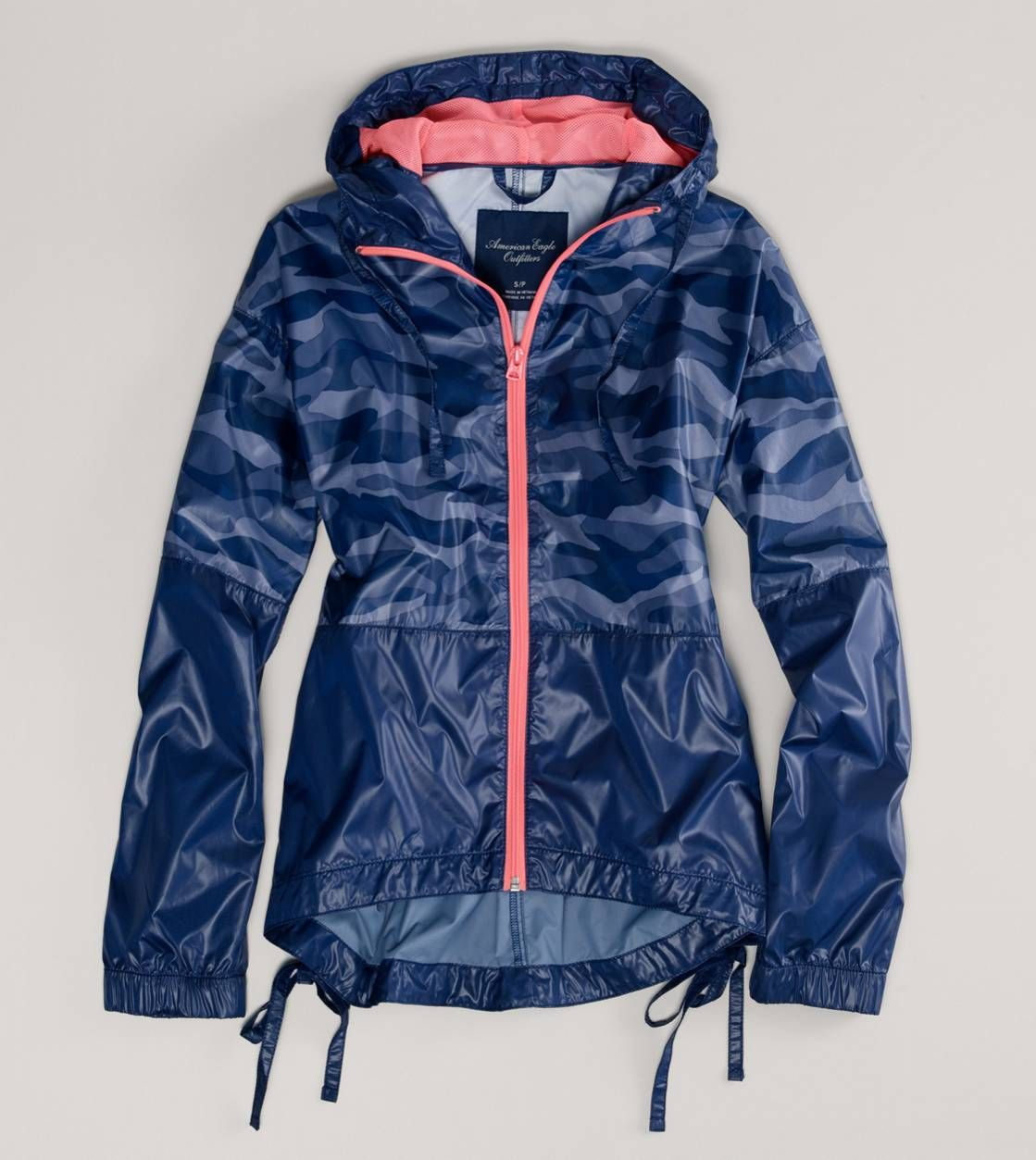 Ae Hooded Anorak Def Looking For This On My Next Trip To The Mall Clothes Rain Jacket Women Clothes For Women [ 1253 x 1119 Pixel ]