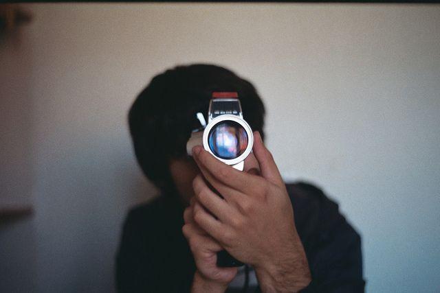 Vintage Stuff  Bruno Carnide testing his Elmo 8mm.  Praktica MTL 5B - Pentacon Auto 50mm/1.8 - Kodak ColorPlus 200.