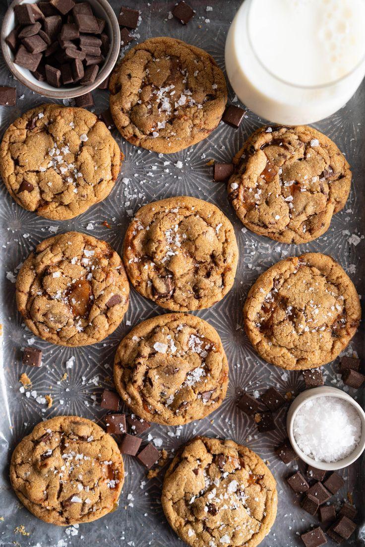 Brown Butter Salted Caramel Chocolate Chunk Cookies   - Kekse / Cookies -