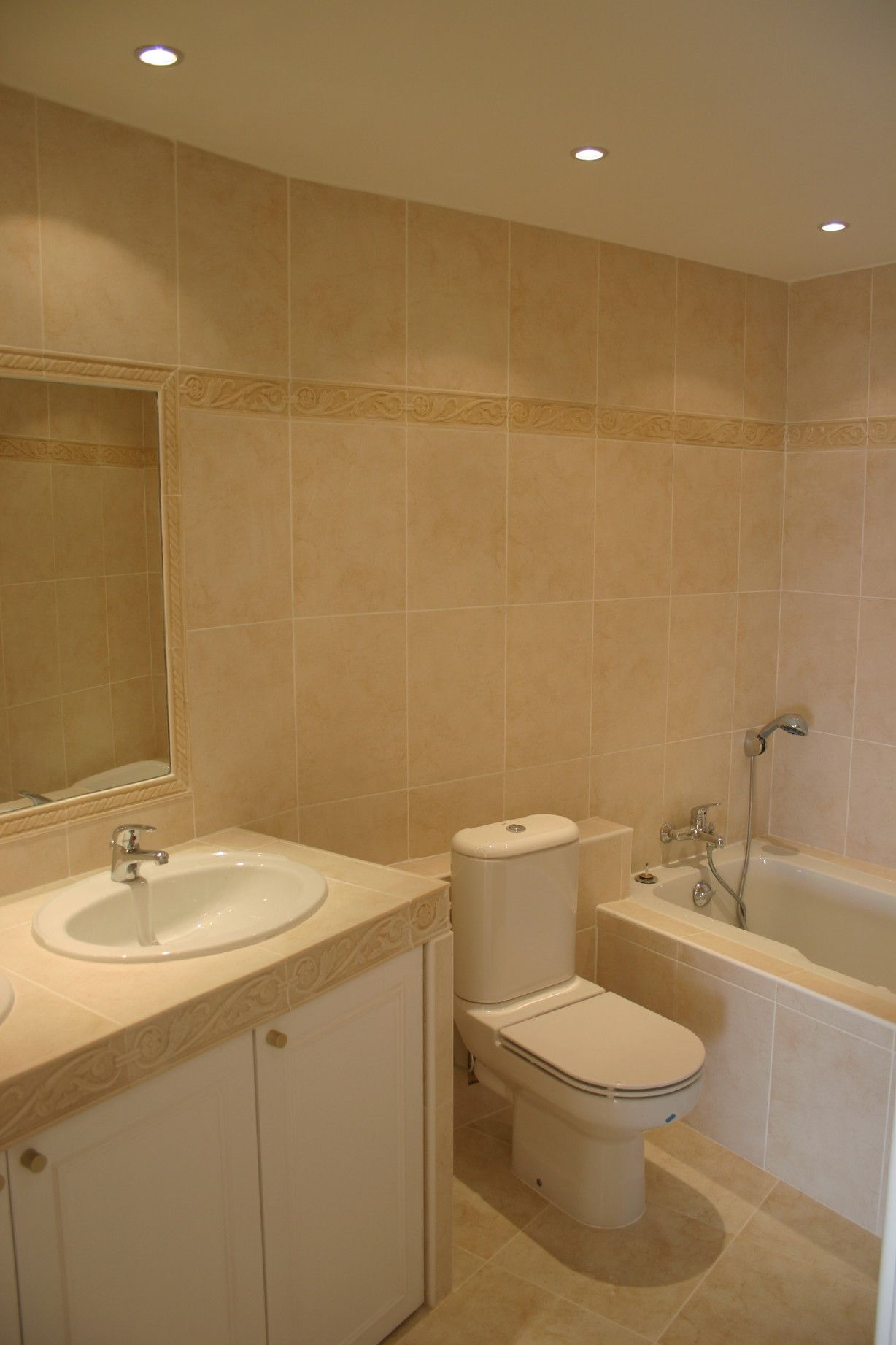Spotlights In Small Bathroom Small Bathroom Ideas- Recessed Lighting Makes All The