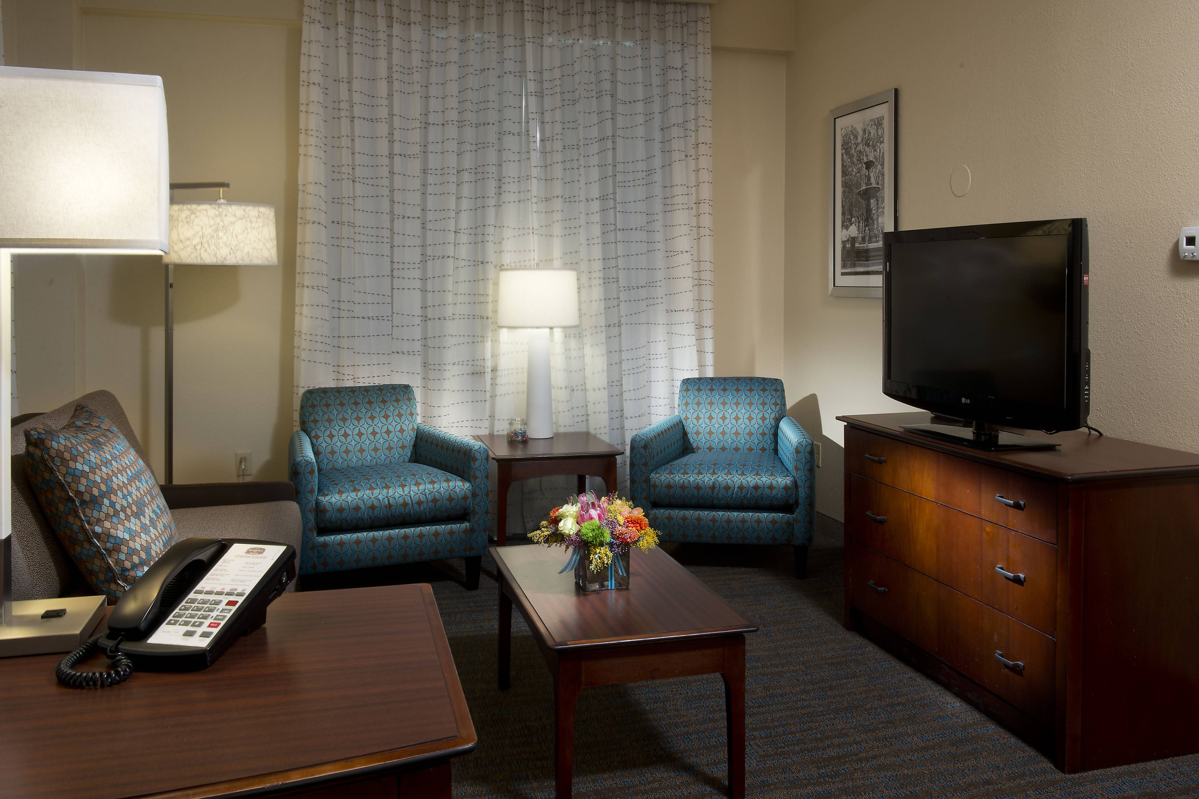 Residence Inn Memphis Downtown Two Bedroom Suite Living Area Beautiful Visiting Enjoying Two Bedroom Suites Home Decor Living Area
