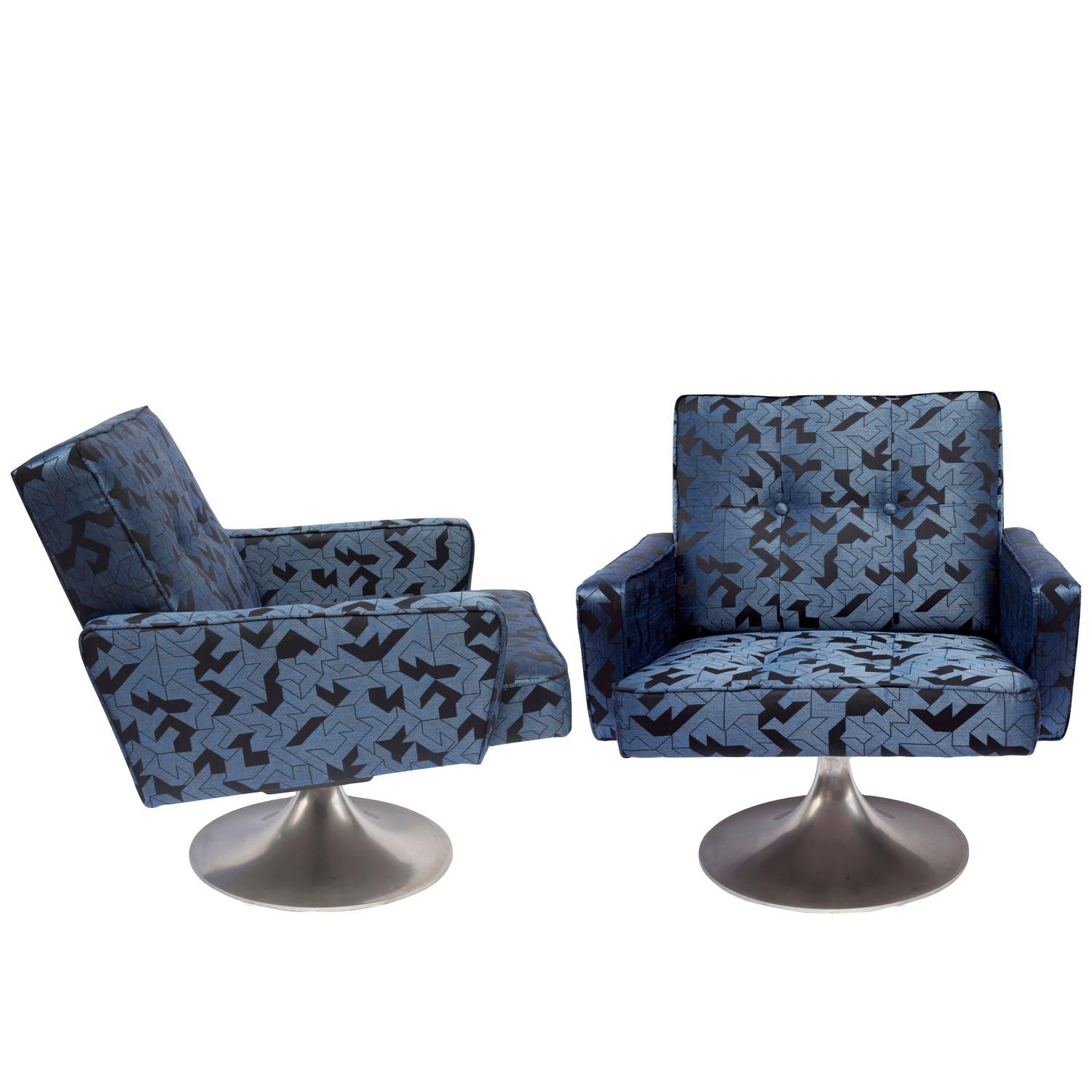 Pair of 1970s swivel chairs upholstered in nobilis origami