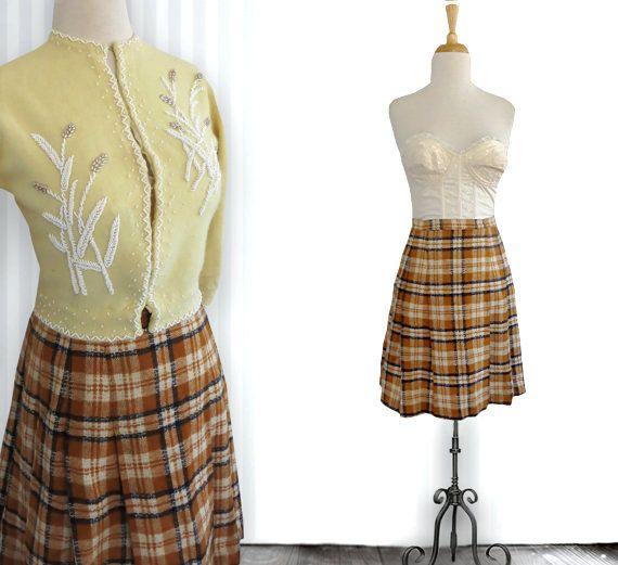 Vintage 1960s short check wool skirt  vintage short by DustyDesert