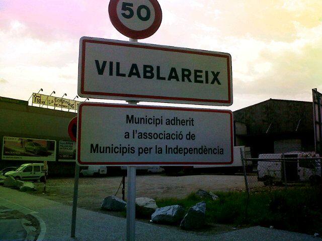 Vilablareix, municipi per la independència / Vilablareix, municipality for independence (18/04/12) foto de @petitpons