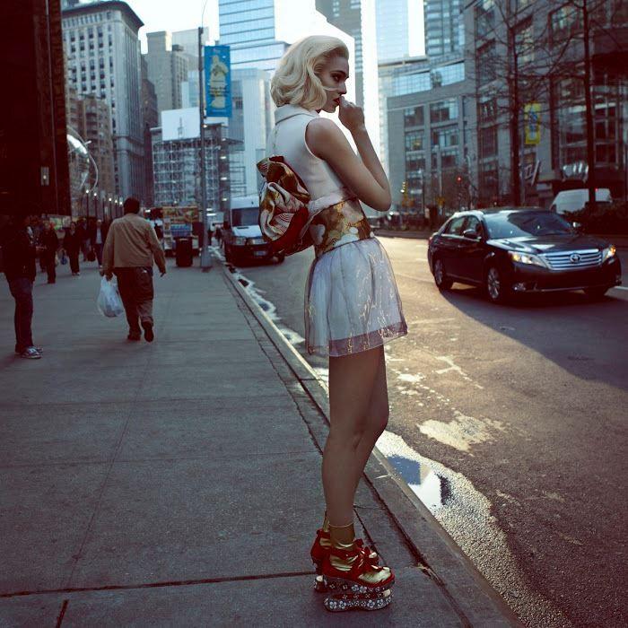 + Fotografia :   O ótimo trabalho de Camilla Akrans, para a Vogue (Japão, abril 2013).