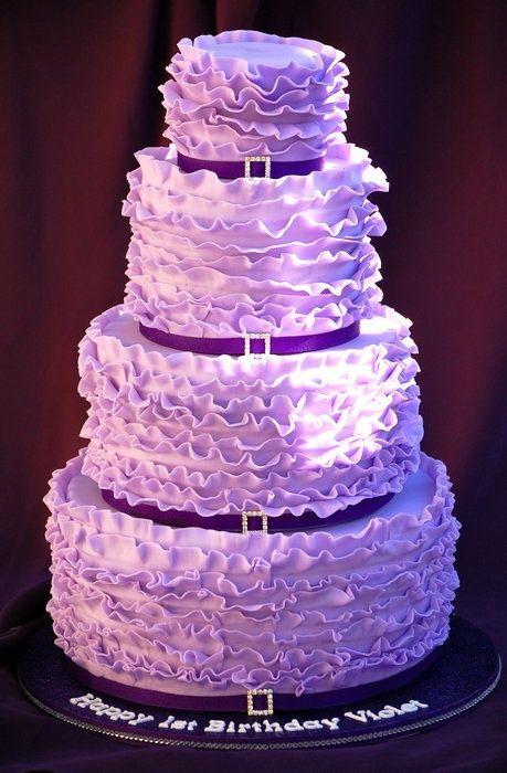 Violet Ruffle Cake kklozensky! Holy shit I want this!!!