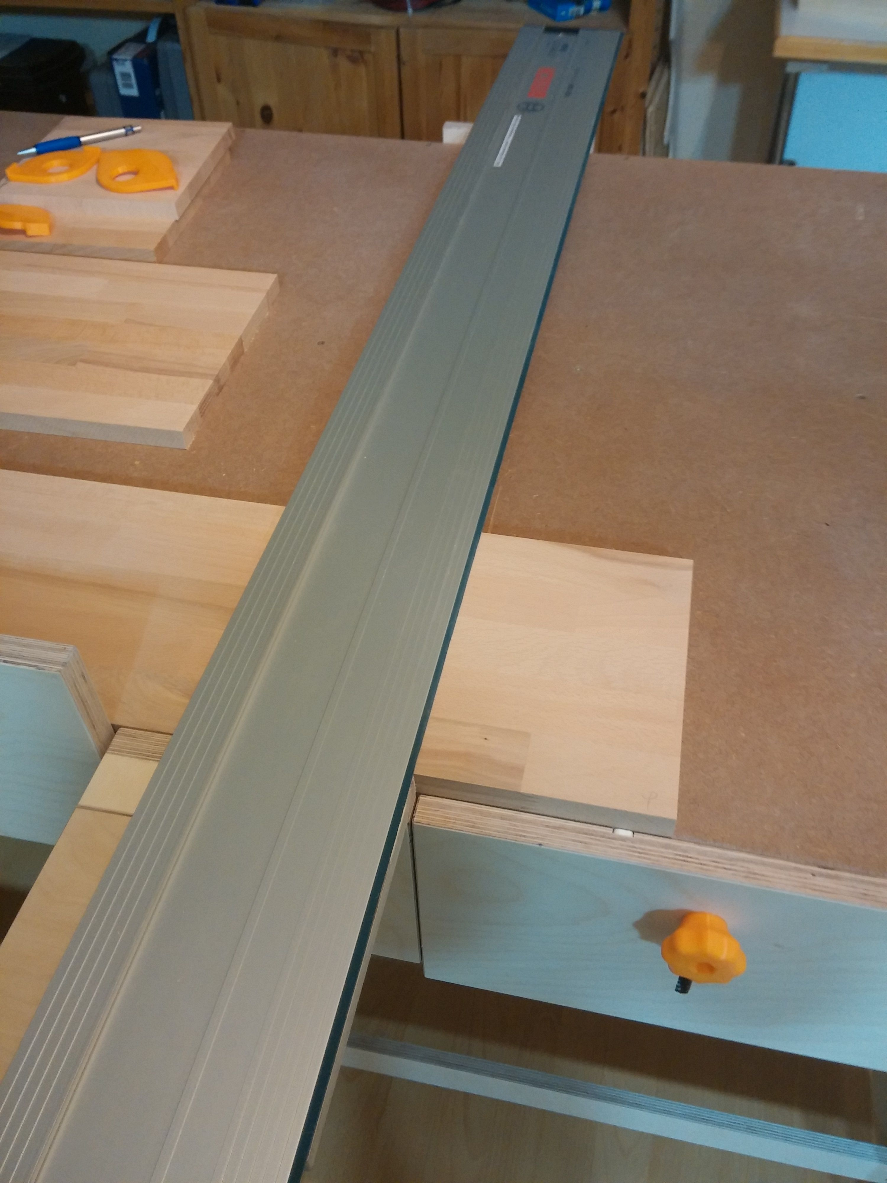multiwerkbank teil 2 anschl ge und f hrungsschienenhalterung werkstatthelfer 1 2 do. Black Bedroom Furniture Sets. Home Design Ideas