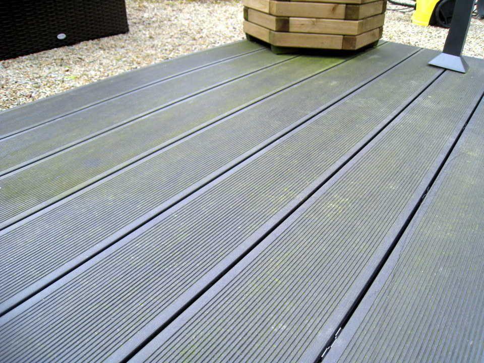 Terrasse Composite Mon Avis Un An Plus Tard Entretien Et Vieillissement Terrasse Composite Terrasse Amenagement Jardin