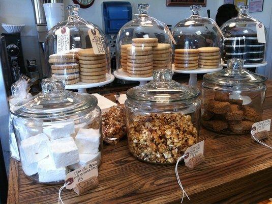 Crisp bake shop cookie marshmallow granola display for Coffee shop display ideas