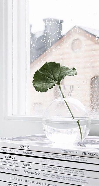 Via NordicDays.nl | Sara Medina Lind | White | Serax | Glass