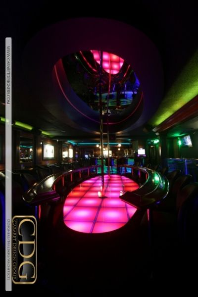 Elliptical strip club stage with matching elliptical reflective cabaret design group a portfolio of cabaret design groups bar and nightclub designs custom stripclub stage and bar design at tiffanys airport aloadofball Image collections