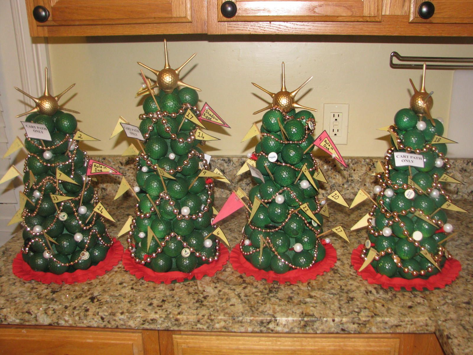 Christmas Trees Made From Golf Balls Decorated With Tees Mardi Gras Beads For Miniature Golf Galls And Garlands A St Christmas Golf Golf Ball Crafts Crafts