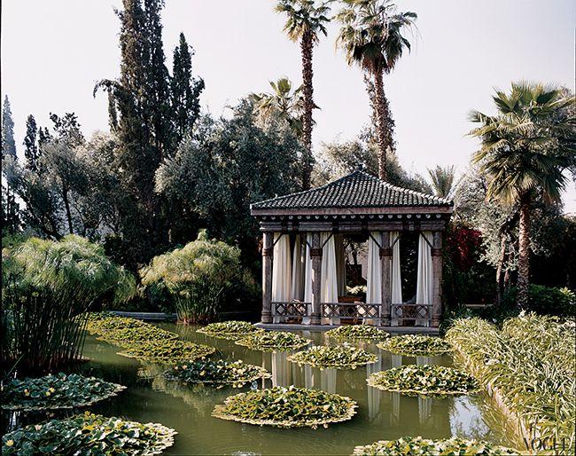 Marella Agnelli garden in Vogue