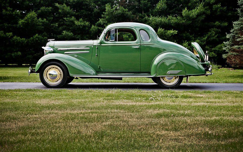 1935 Chevrolet Master DeLuxe 5 Window Coupe - (Chevrolet