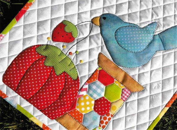 Quilt Pattern Spoolie Pin Cushion Applique Quilt Pattern, Stitches of Love, www.farmersattic.etsy.com, $9.99