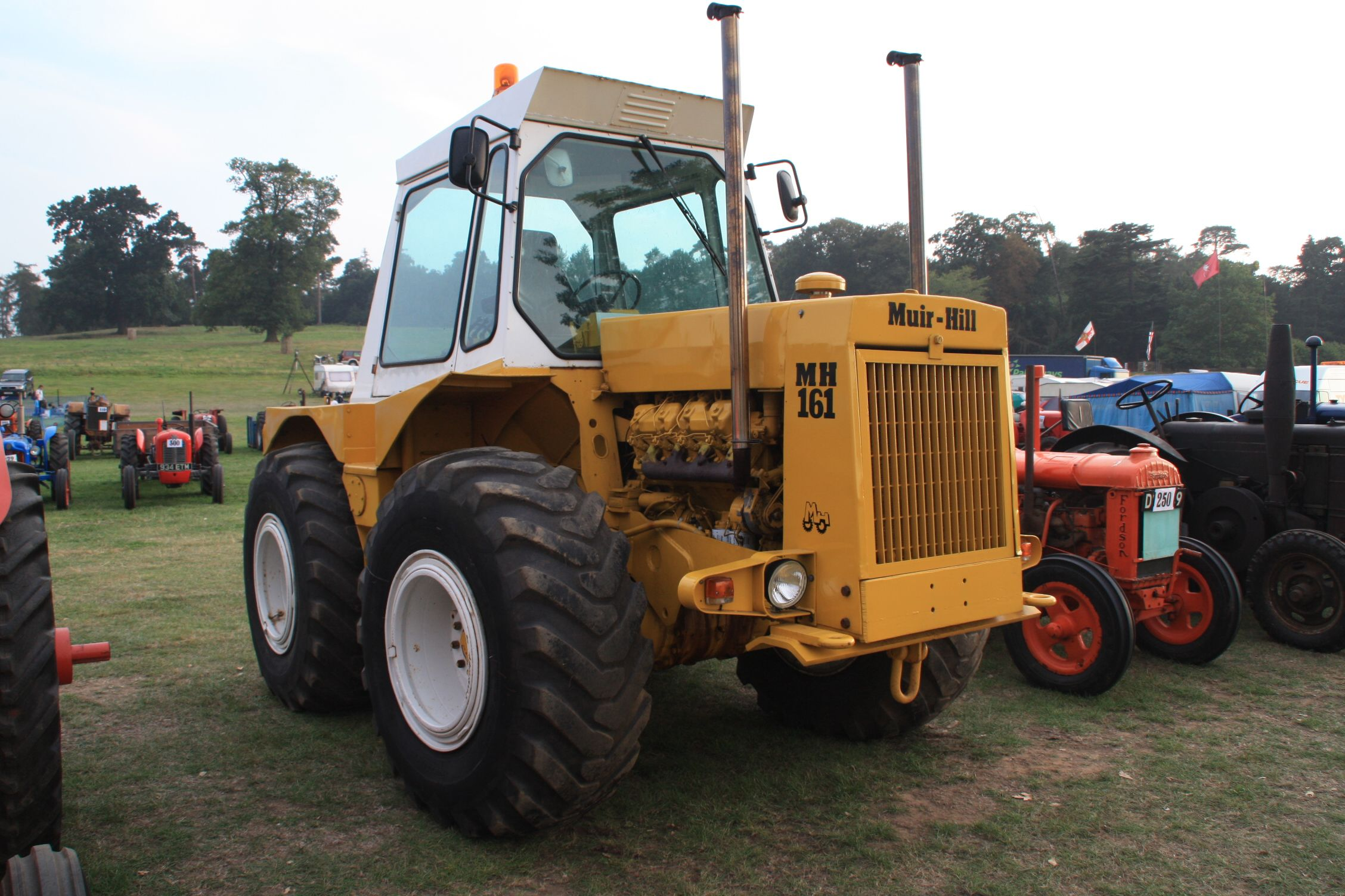 muirhill mh161 �� tractor mania �� pinterest