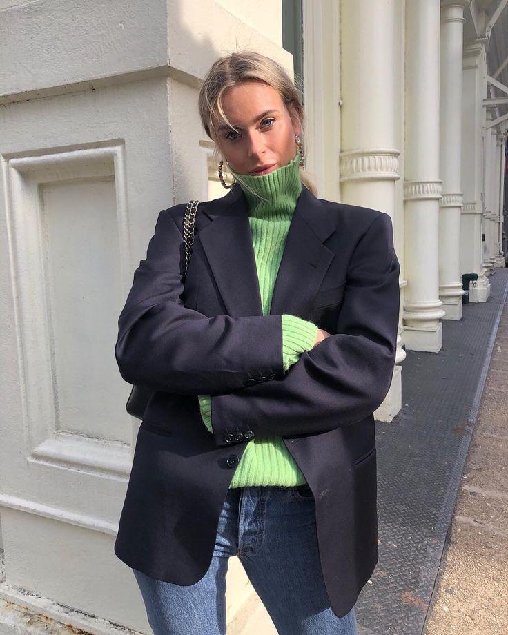 #green #turtle #neck #black #blazer #jeans #fun #comfy #outfit #blackhairstyles