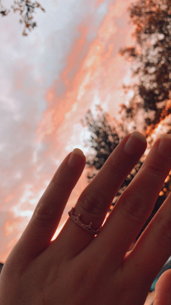 #pandora #princess #ring #love #inspiration #sunset #sun #crown #madebyme #aesthetic
